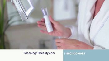 Meaningful Beauty Ultra TV Spot, 'Busy Schedule' Featuring Cindy Crawford - Thumbnail 4
