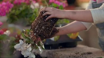 The Home Depot TV Spot, 'Make This Spring Your Spring: Mulch' - Thumbnail 4