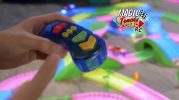 Magic Tracks Turbo RC TV Spot, 'Bend, Flex & Go' - Thumbnail 2