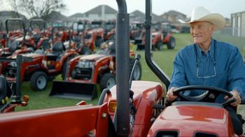 Mahindra 41 HP 4540 4WD With Loader TV Spot, 'Recommend to a Neighbor' - Thumbnail 3