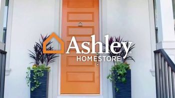 Ashley HomeStore Doorbuster Deals TV Spot, 'Before They're Gone' - Thumbnail 1
