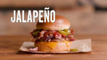 Dickey's Jalapeno Cheddar Spicy Pulled Pork Sandwich TV Spot, 'Giddyup' - Thumbnail 3