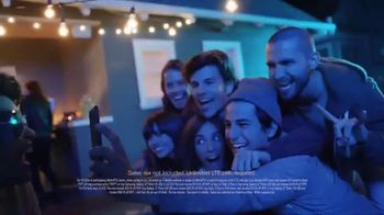 MetroPCS Best Free Phone Event Ever TV Spot, 'Say Cheese' - Thumbnail 7