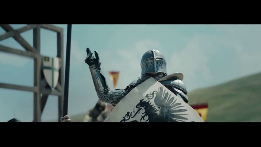 GEICO TV Commercial, 'The First Heckler' - iSpot.tv