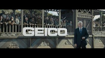 GEICO TV Spot, 'The First Heckler' - Thumbnail 10
