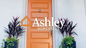 Ashley HomeStore Spring into Style Sale TV Spot, 'Bring Home the Savings' - Thumbnail 1
