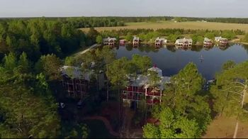 Whitetail Properties TV Spot, 'Flat Creek Lodge' - Thumbnail 6