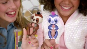 Fingerlings Purple Sloth TV Spot, 'The Silly Addition' - Thumbnail 5