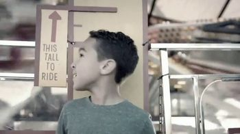 Chuck E. Cheese's More Cheese Rewards App TV Spot, 'Free Personal Pizza' - Thumbnail 4