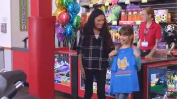 Chuck E. Cheese's More Cheese Rewards App TV Spot, 'Free Personal Pizza' - Thumbnail 6