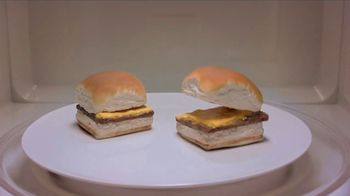 White Castle Microwaveable Cheeseburgers TV Spot, 'Gym Joke'