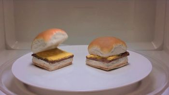 White Castle Microwaveable Cheeseburgers TV Spot, 'Gym Joke' - Thumbnail 4