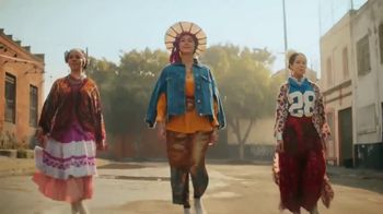 Cerveza Sol TV Spot, 'Inspired by the Sun' Song by Amandititita