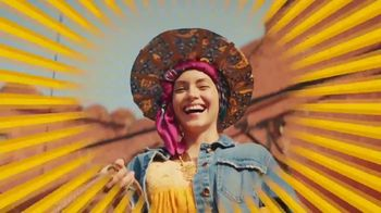 Cerveza Sol TV Spot, 'Inspired by the Sun' Song by Amandititita - Thumbnail 10