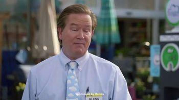 Honda Clarity Plug-In Hybrid TV Spot, 'NBC: Superstore' [T1] - Thumbnail 7
