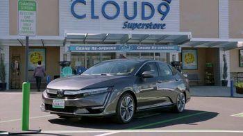 Honda Clarity Plug-In Hybrid TV Spot, 'NBC: Superstore' [T1] - Thumbnail 9
