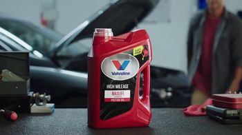 Valvoline High Mileage MaxLife TV Spot, '2018 Product of the Year' - Thumbnail 4