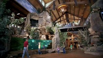 Bass Pro Shops Spring Fever Sale TV Spot, 'Mother's Day: Stand' - Thumbnail 7