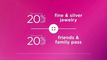 Kohl's Friends & Family Sale TV Spot, 'Gifts for Mom' - Thumbnail 3