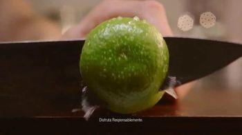 Clamato TV Spot, 'La auténtica michelada' [Spanish] - Thumbnail 2
