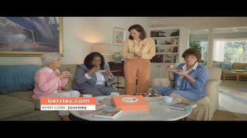Shari's Berries TV Spot, 'Mothers' Day Parrot' - Thumbnail 3
