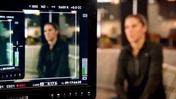 Hand and Stone TV Spot, 'Brighten Mom's Day' Featuring Carli Lloyd - Thumbnail 3