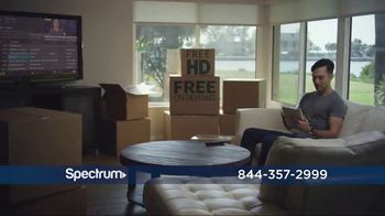 Spectrum TV, Internet and Voice TV Spot, 'Make the Move' - Thumbnail 5