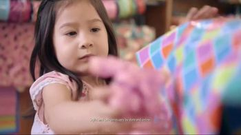 TJ Maxx TV Spot, 'Wrap Up the Perfect Gift at the Perfect Price' - Thumbnail 4