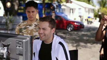 Honda Accord TV Spot, 'Univision: Admiración' con Chyno Miranda [Spanish] [T1] - Thumbnail 9