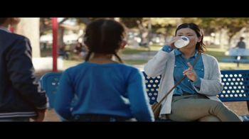 McDonald's McCafe TV Spot, 'Parque infantil' [Spanish] - Thumbnail 6