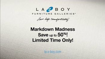 La-Z-Boy Markdown Madness TV Spot, 'Closeouts and Overstocks' - Thumbnail 9