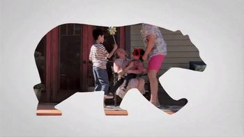 BEHR Paint TV Spot, 'Two Stains, Four Seasons' - Thumbnail 10