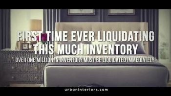 Urban Interiors & Thomasville One-Day-Only Warehouse Sale TV Spot, 'Early' - Thumbnail 6