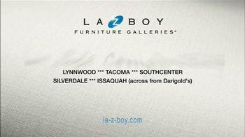 La-Z-Boy Mega Sale TV Spot, 'Cozy to Spacious' - Thumbnail 9