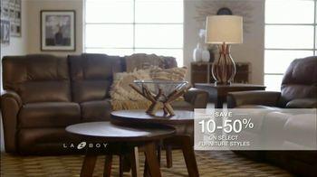 La-Z-Boy Mega Sale TV Spot, 'Cozy to Spacious' - Thumbnail 8