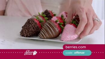Shari's Berries TV Spot, 'Mother's Day: Protect' - Thumbnail 3