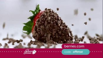 Shari's Berries TV Spot, 'Mother's Day: Protect' - Thumbnail 5
