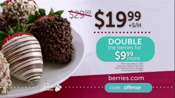 Shari's Berries TV Spot, 'Mother's Day: Protect' - Thumbnail 8