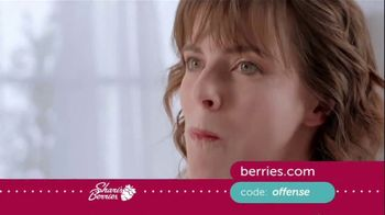 Shari's Berries TV Spot, 'Mother's Day: Protect' - Thumbnail 9