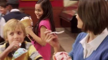 Cold Stone Creamery Ice Cream Cakes TV Spot, 'Mother's Day' - Thumbnail 6