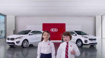 Kia America's Best Value Summer Event TV Spot, 'Sister: Overpaid Celebrity Spokesperson' [T1] - Thumbnail 3