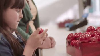 Walgreens Red Nose Day TV Spot, 'Everyone Counts' - Thumbnail 7