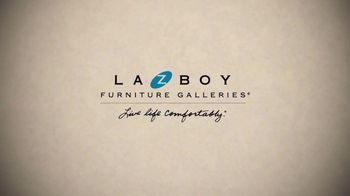 La-Z-Boy Mark Down Madness TV Spot, 'Closeouts and Overstocks' - Thumbnail 2