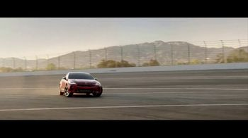 2018 Kia Stinger GT TV Spot, 'The Reviews Are In' [T1] - Thumbnail 7
