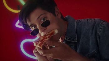 Pizza Hut Double Cheesy Crust Pan Pizza TV Spot, 'Celebrating 60 Years' - Thumbnail 4