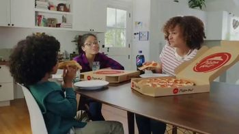 Pizza Hut Double Cheesy Crust Pan Pizza TV Spot, 'Celebrating 60 Years' - Thumbnail 8