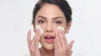 Neutrogena Deep Clean Purifying Clay Cleanser & Mask TV Spot, 'Toxins' Featuring Eiza González - Thumbnail 1