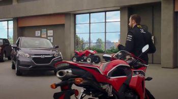 Honda Dream Garage Spring Event TV Spot, 'Dreams Do Come True: 2018 HR-V' [T1] - Thumbnail 4