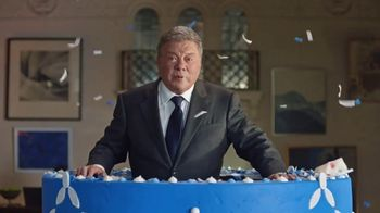 Priceline.com Tweniversary Sale TV Spot, 'Cake' Featuring William Shatner
