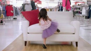 TJ Maxx TV Spot, 'Mother's Day: How Well Do Your Kids Know You?' - Thumbnail 1